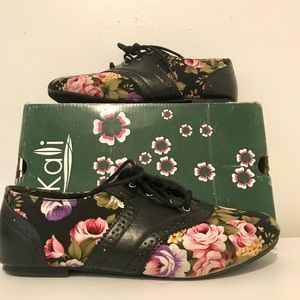 Beautiful Floral Print Shoes